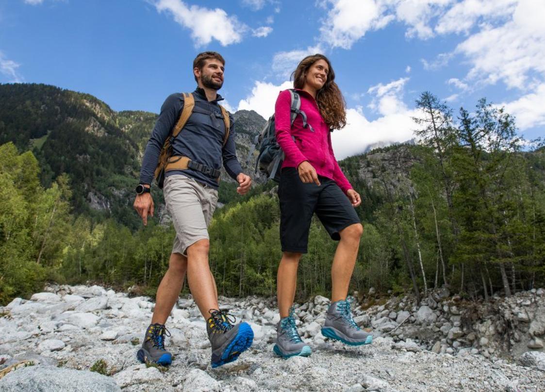 rekomendasi sepatu hiking